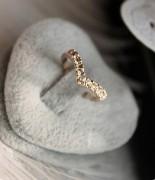 @特价@V形独特设计款 镶钻 小指戒指 尾戒