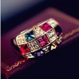 欧美风格奥地利彩钻幻彩水晶女款奢华高贵经典戒指