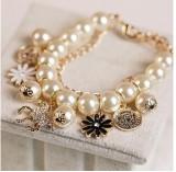 韩国时尚手链小马木马花瓣头像混搭珍珠多层韩版手链