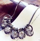 低调的奢华璀璨水晶水钻短款锁骨链韩国配饰女装饰品挂件项链