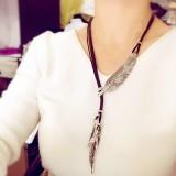 新款韩国复古水钻树叶项链合金皮绳毛衣链