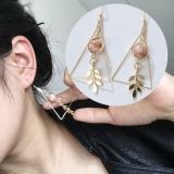 美复古三角设计感叶子镂空大理石圆珠耳环耳钉
