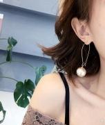 网红耳坠长款气质耳钉女 珍珠耳环韩国简约百搭耳饰