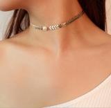 欧美跨境饰品 个性简约欧范潮款项饰字母V链珍珠吊坠简单锁骨链
