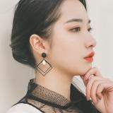 韩国百搭简约方形亮片耳钉