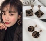 韩国性感豹纹金属几何方形圆形绒面耳钉