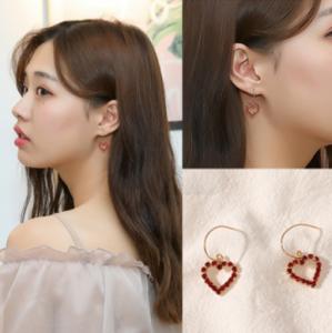 韩国ins风可爱少女百搭铁丝镶钻爱心耳环