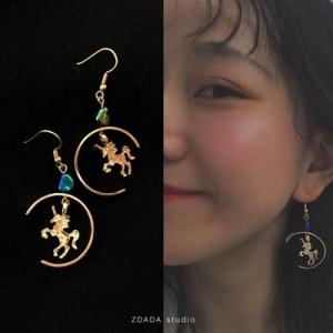 韩国二次元少女彩色爱心独角兽镭射耳环