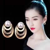 S925银针韩国三层珍珠水钻保色时尚优雅耳钉