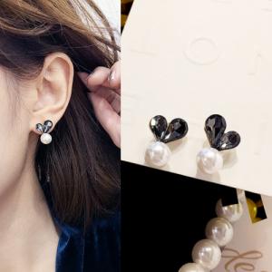 韩国简约爱心水晶百搭气质珍珠耳钉
