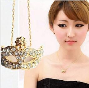 @特价@精致狐狸面具 嵌钻石水钻 女短款锁骨项链