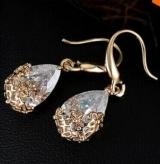 韩国冷淡风小众复古精致短款锆石超闪水滴型耳环