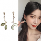 S925银针韩国气质简约森系树枝绿叶小清新耳钉