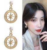 S925银针韩国气质简约镂空八芒星少女高级感小巧耳钉