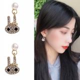 S925银针韩国气质简约满钻小兔子甜美可爱少女珍珠耳钉