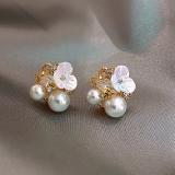 S925银针韩国夏季花瓣珍珠新款网红气质耳钉