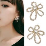 S925银针韩国珍珠花朵复古镂空ins夸张气质耳钉