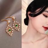 【真金电度】S925银针韩国绿晶菱形锆石通勤小巧气质女2020新款潮耳钉