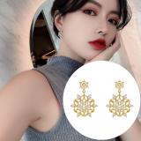 S925银针韩国轻奢高级感满钻花瓣气质2020新款潮耳环耳钉