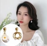 S925银针韩国超仙小雏菊珍珠2020年新款网红ins气质耳钉