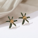 S925银针韩国雏菊花瓣高级感滴油气质少女耳钉