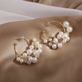 S925银针韩国珍珠镂空几何百搭简约气质个性耳钉耳圈女
