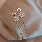 韩国字母G雏菊流苏新款潮气质网红精致花瓣长款耳环