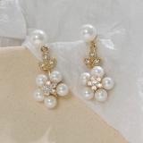 S925银针韩国新款珍珠花朵树叶设计感气质个性百搭耳钉