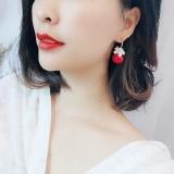 S925银针韩国花朵红珍珠高级感网红爆款气质百搭个性耳环耳坠女