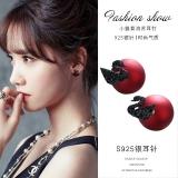 S925银针韩国红珍珠小天鹅小众设计感新款气质网红高级大气耳钉女