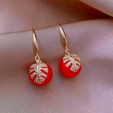 韩国气质网红树叶红色珠子新款时尚网红小众设计感耳环耳饰女